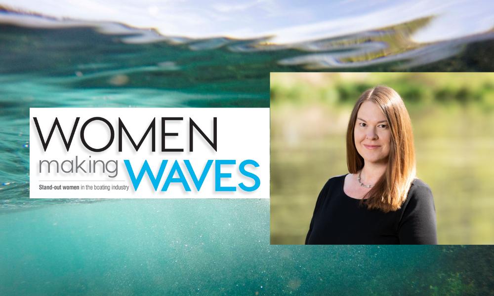 women waves